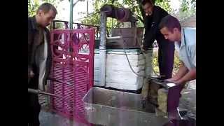 чистим колодец КРУТО(, 2012-01-28T21:21:34.000Z)