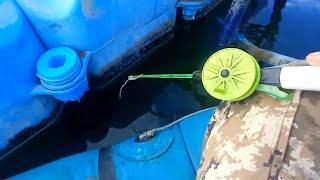Ловлю ОКУНЕЙ под лодкой Рыбалка на зимние снасти Ловля окуня
