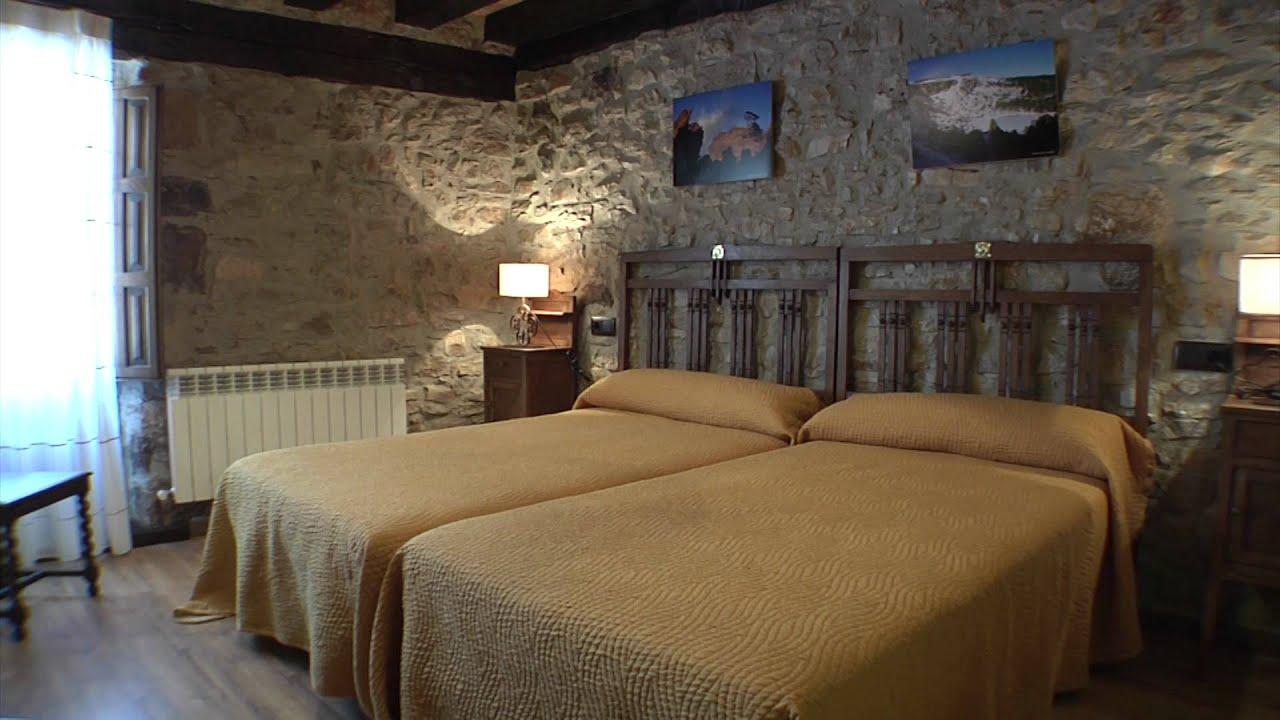 Casa rural el viejo pozo abejar soria youtube - Balaustres de piedra ...