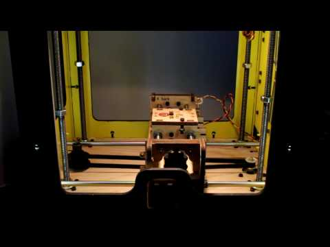 """Makerbot playing """"Still Alive"""" from Portal"""