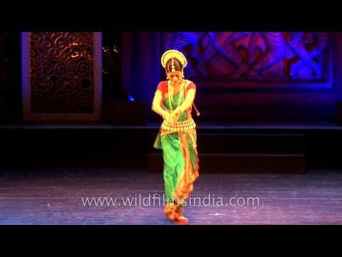 Anandini Dasi Performs Moksha