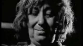 video de la banda A.N.I.M.A.L del album usa toda tu fuerza,muy buen...