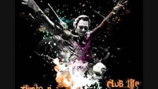 Tiesto Playing 'Holding On' on Club Life mp3