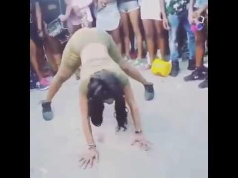 Crazy Fun Dance. Africa Girls ( Must Watch )