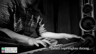 "Pianika ""lagu Utopia-mencintaimu"""