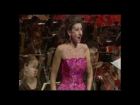 """Lucia Aliberti """"Duet with flute"""" Lucia Di Lammermoor-G.Donizetti Dresden Semperoper"""