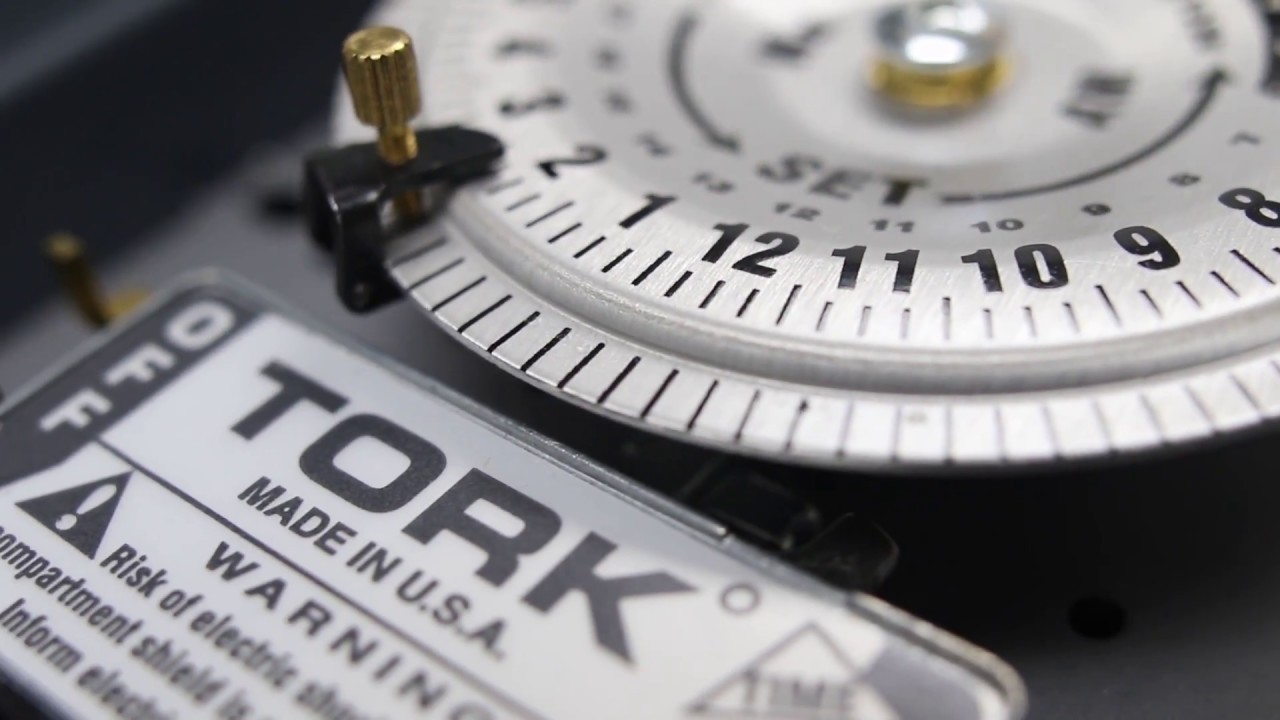 Tork A Multi Voltage Mechanical Time Switch
