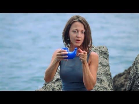 Промывание носа соленой водой: как приготовить солевой