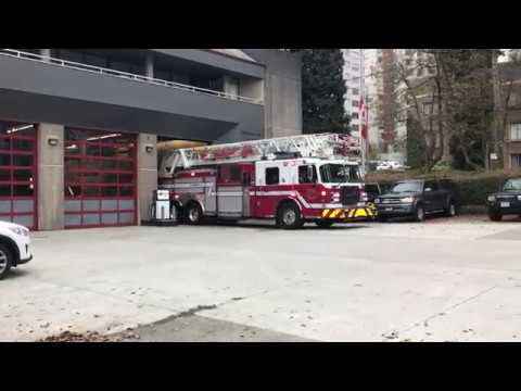 Vancouver Fire & Rescue Services - Ladder 7 (Spare) Responding
