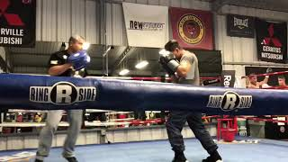 Mikey Garcia Shows Big Guns At 140 Landing Monster Shots On Mitts