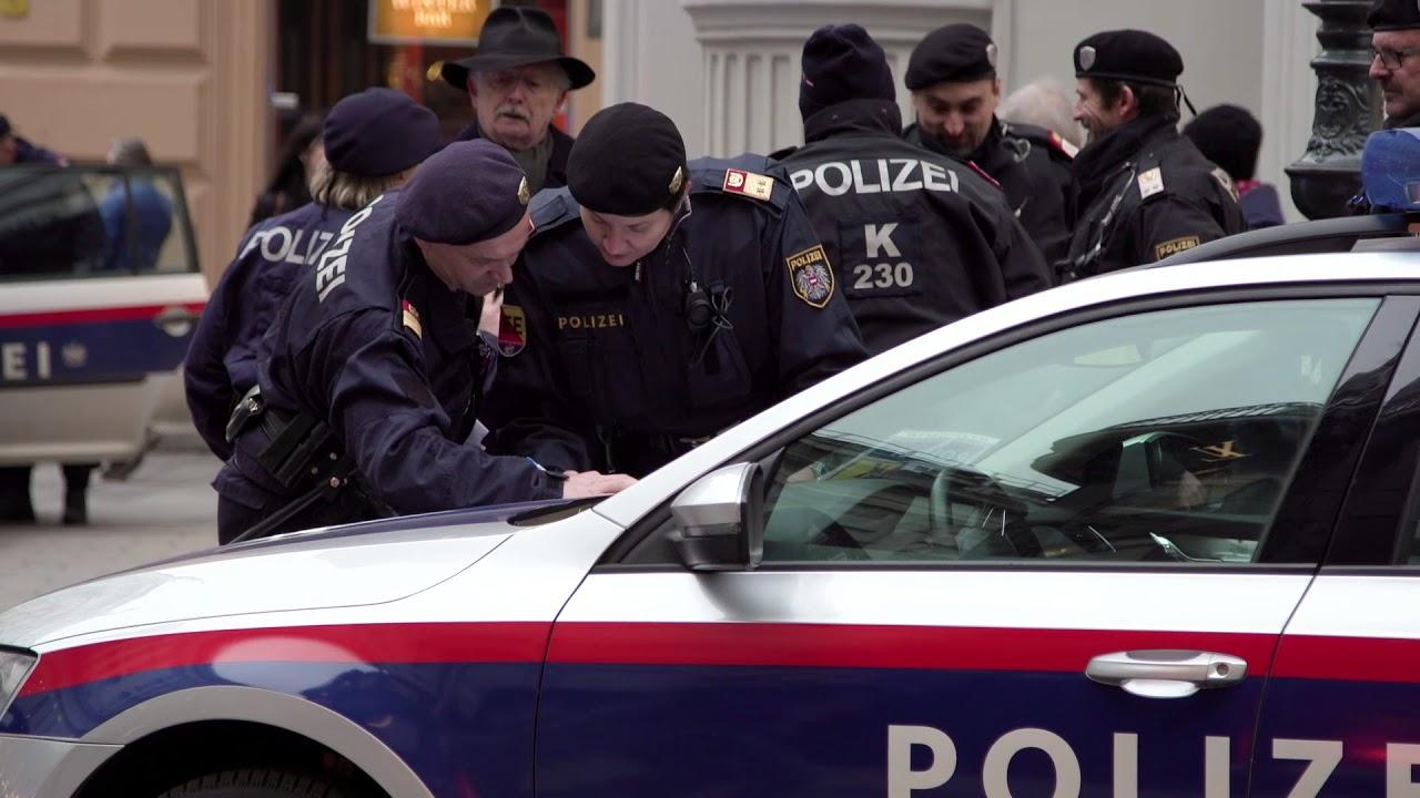 Polizeiuniform