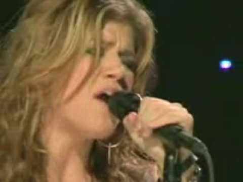 Kelly Clarkson Live- Since you've been gone