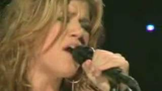 Kelly Clarkson Live- Since you