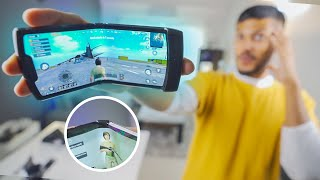 I Played PUBG on a Foldable Phone !