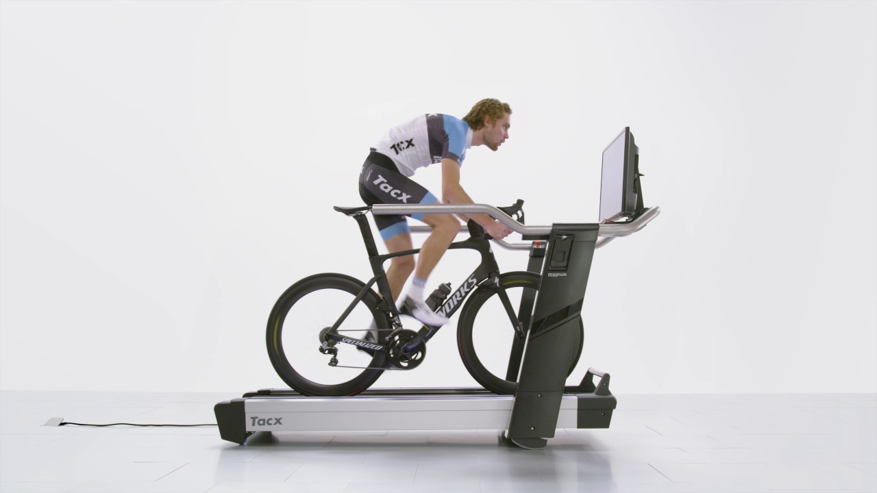 Magnum Smart | Tacx incline treadmill | A home trainer to