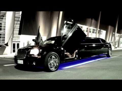 limo hire perth black chrysler 300c stretch limo video. Black Bedroom Furniture Sets. Home Design Ideas