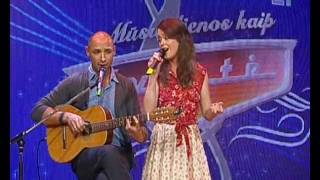"""Jurgis Didžiulis ir Erica Jennings atliko Nelly Paltinienės dainą """"Tu ateik į pasimatymą"""""""