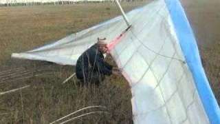 Как собрать дельтаплан(Сбор мотодельтаплана перед полётом., 2010-11-24T10:53:21.000Z)