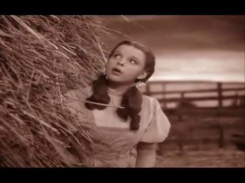 Somewhere over the rainbow  El Mago de Oz (Judy Garland)