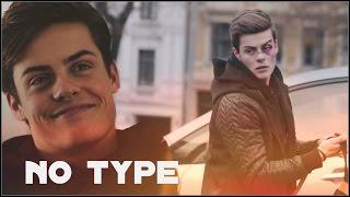 Chris (SKAM) - no type