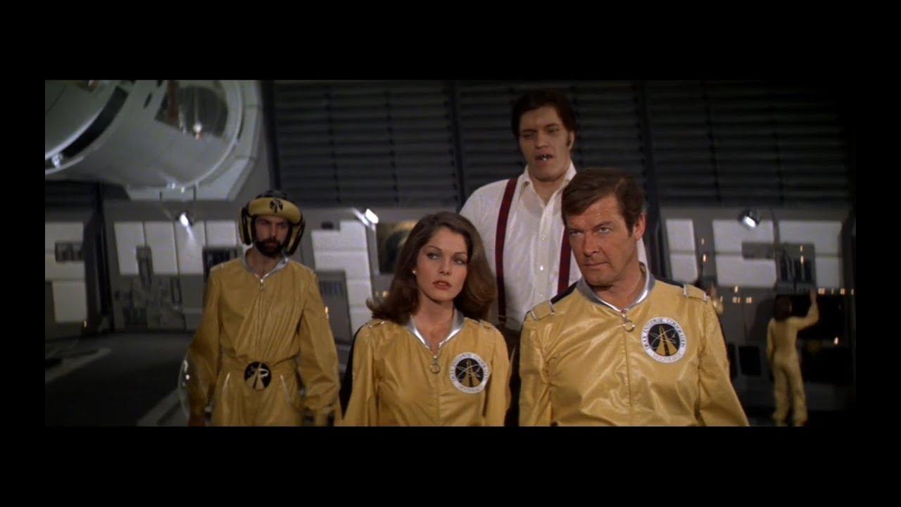 James Bond 007: Moonraker - Official® Trailer [HD]