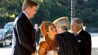 少女がいきなり飛びついた!オランダ国民が絶賛した! 天皇皇后両陛下の...