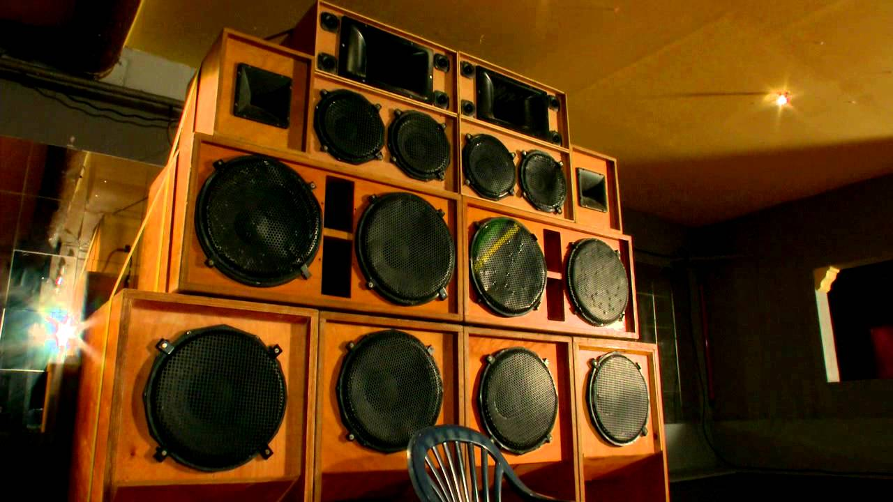 une soiree sound system youtube. Black Bedroom Furniture Sets. Home Design Ideas