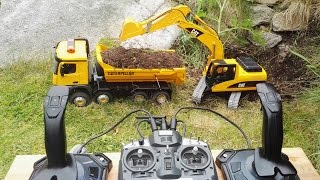RC Excavator - Cat 320 with joysticks