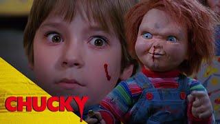 y Barclay vs Chucky  Chucky Official