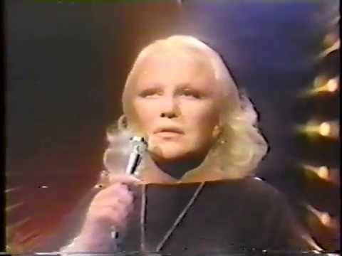 "Peggy Lee ""Send in the Clowns"" Johnny Carson #2"