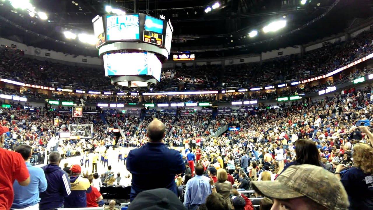 Pelicans fans, Jan. 30, 2015