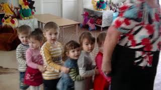 ''Веселий поїзд'' (''Льотка–єнка'') -- Лариса Мондрус