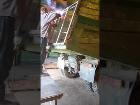 Задний борт на КАМАЗе 5511 (совок) ч.1