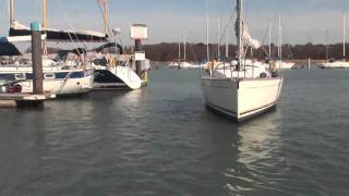 Learn to Sail: Wind Into Marina with Simon Jinks