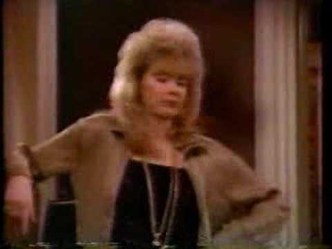 Mary McDonnell & Jean Smart - High Society (2 Of 6)