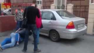 Драка автомобилиста с водителем автобуса во Владивостоке