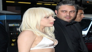 Lady Gaga Falls For A New Man And Returns Engagement Ring