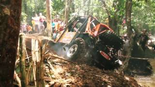 4x4 FAIL - Rollover and winching - RFC (Rainforest Challenge) 2015 - Offroad Addiction TV