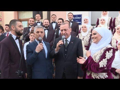 Cumhurbaşkanı Erdoğan'a Novi Pazar'da sevgi seli