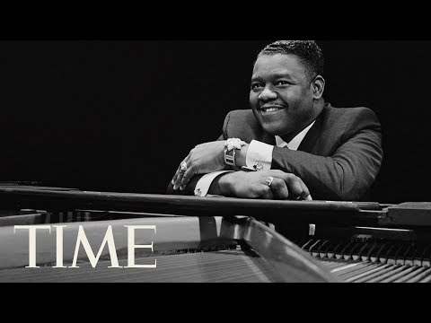 Rock 'N' Roll Legend Fats Domino Dies At 89