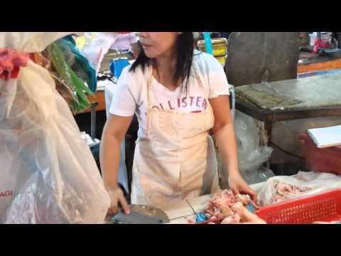 Cabatuan open air market... Isabela, Philippines