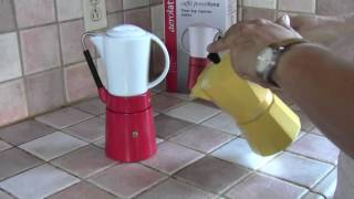 Review of the Cafe Porcellana Stove Top Espresso Maker
