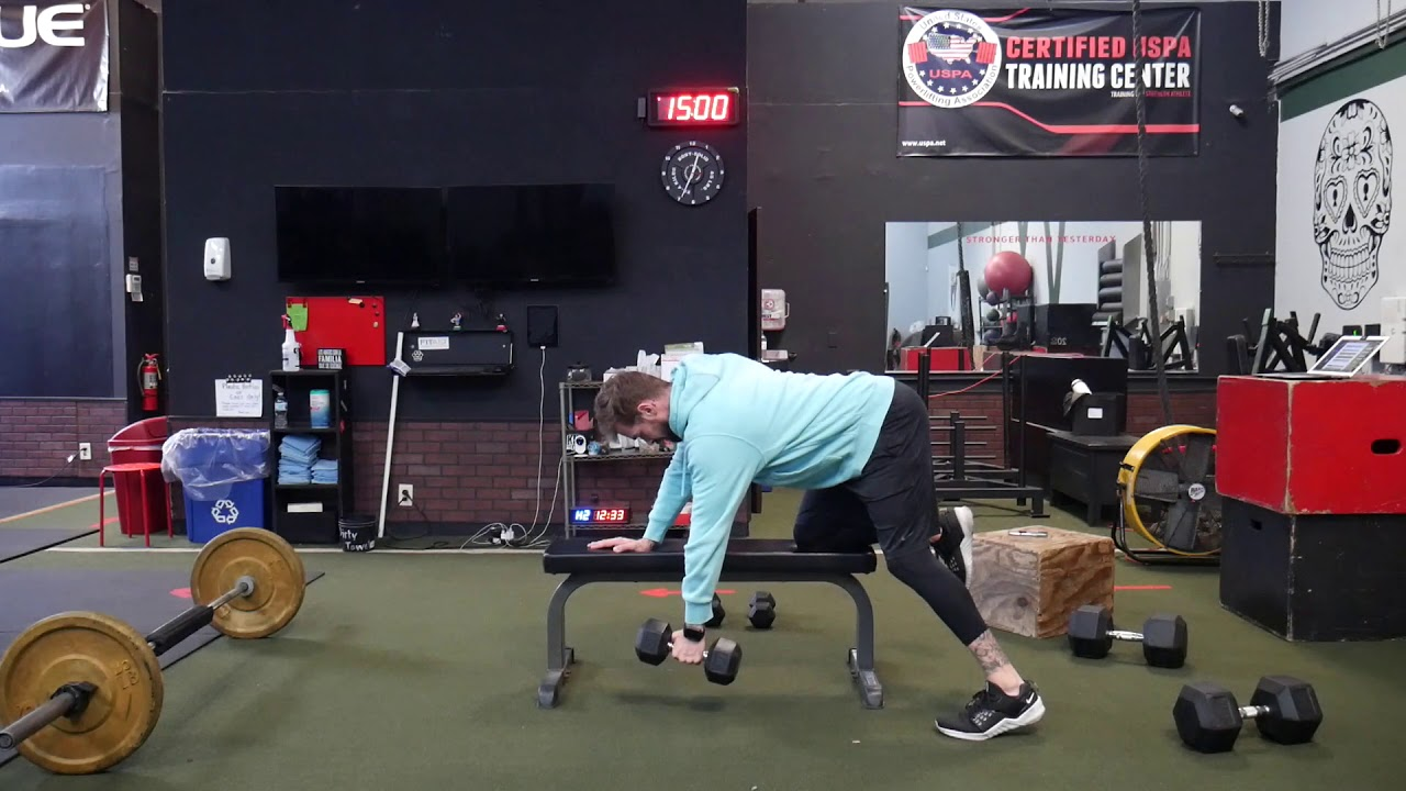 How to perform: Single arm DB row w/pause