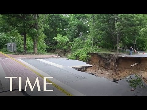 Aftermath Of Flash Flooding That Tore Through Ellicott City, Maryland | TIME