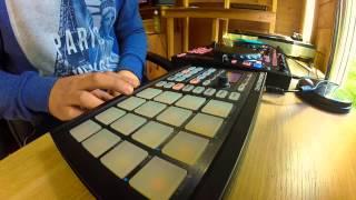 Maschine Mikro - Pink Floyd Sampling