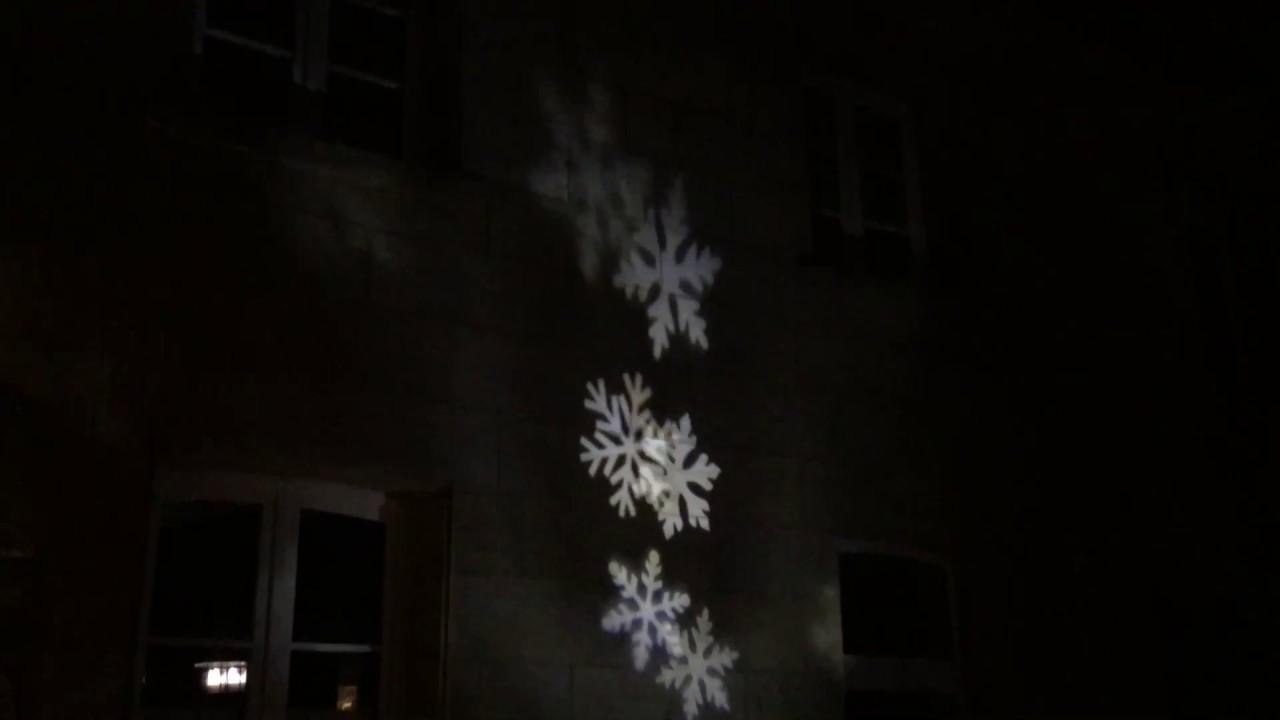 led laser projektor schneeflocke weihnachten beleuchtung xmas youtube. Black Bedroom Furniture Sets. Home Design Ideas