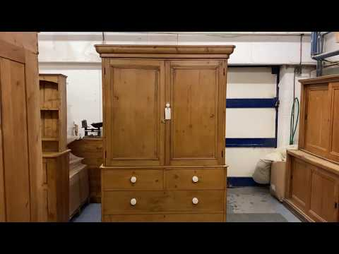 large-late-victorian-pine-linen-press/cupboard-(e3700h)---pinefinders-old-pine-furniture-warehouse