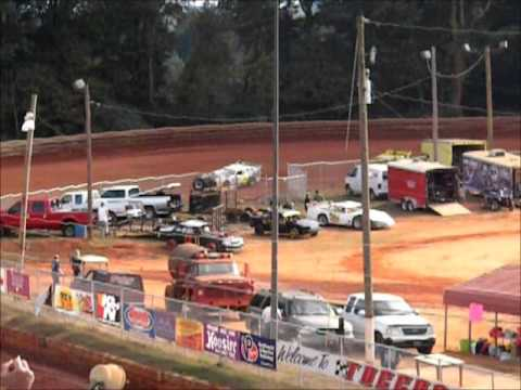 Toccoa Speedway -  Hobby Heats October 27th 2013