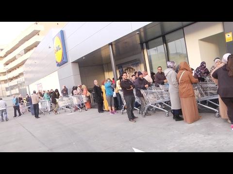 Gran expectación en la reapertura del Lidl de Melilla