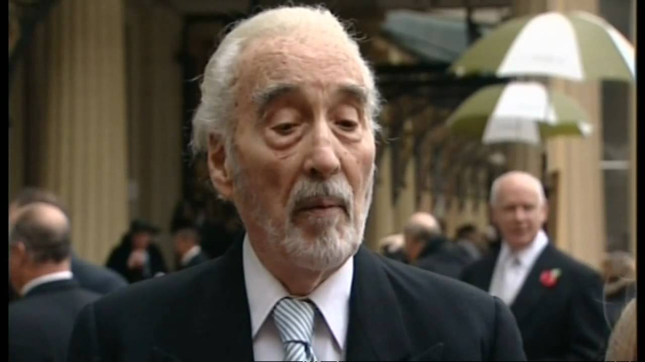Actor Christopher Lee is knighted - YouTube